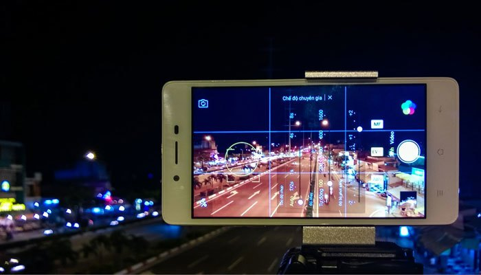 Sử dụng chế độ chụp ban đêm trong điện thoại