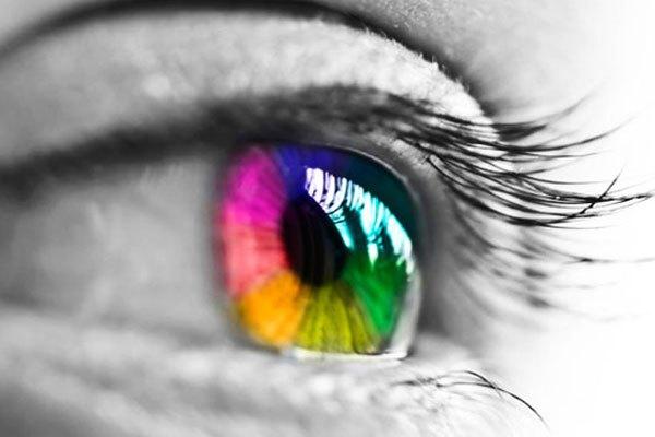 Mù màu khiến cho người bệnh cảm nhận sai biệt về màu sắc