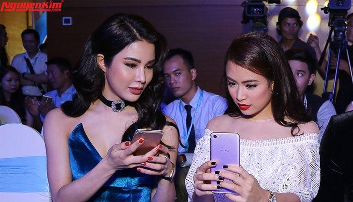 Vivo V5 Plus khiến sao Việt vô cùng hứng thú với chế độ selfie