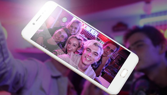 Điện thoại Vivo V5 với camera selfie lên đến 20 MP hứa hẹn sẽ mang đến bạn những tấm ảnh trên cả tuyệt hảo