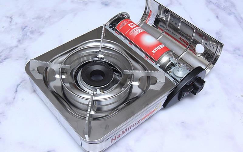 Inox là chất liệu tuy không bị oxy hóa nhưng khi dùng lâu sẽ dễ trầy xước