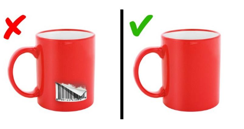 Hãy dùng máy sấy tóc sấy tem từ 1-2 phút, sau đó bạn sẽ dễ dàng lấy tem ra khỏi món đồ
