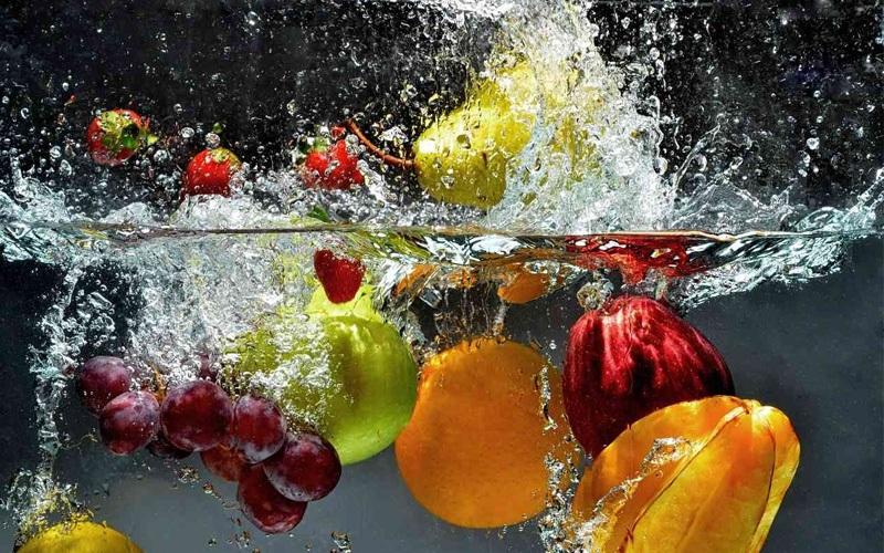 Ngâm rau quả lâu khiến chúng mất chất dinh dưỡng có lợi