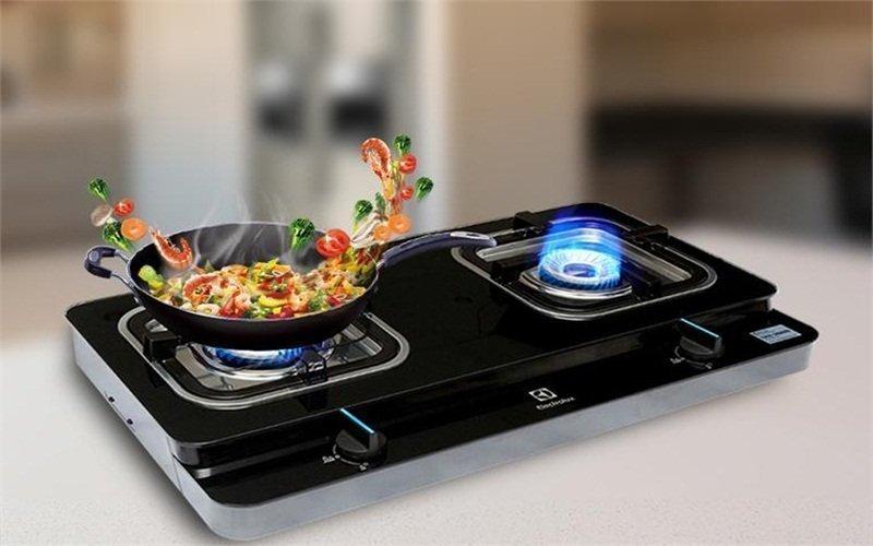 Nấu ăn tiện lợi hơn với bếp ga Electrolux
