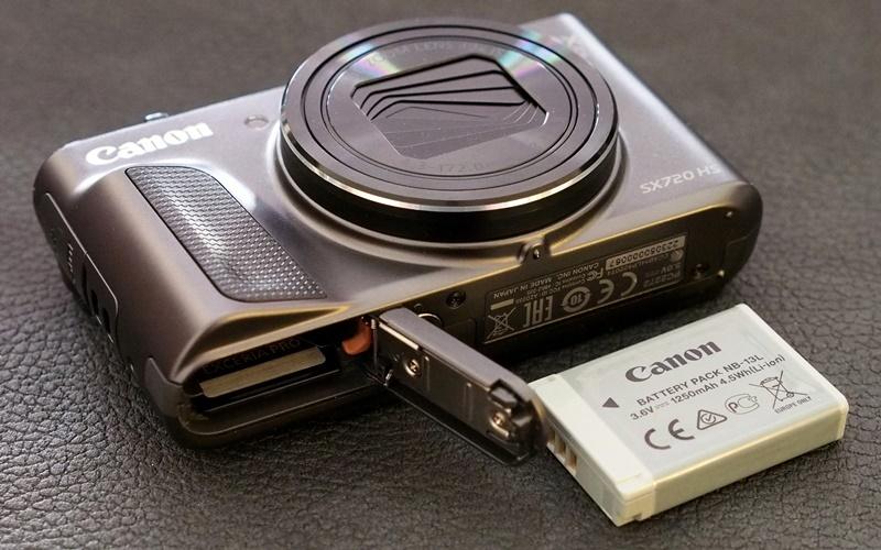 Bạn có thể rong ruổi cả ngày với máy ảnh Canon