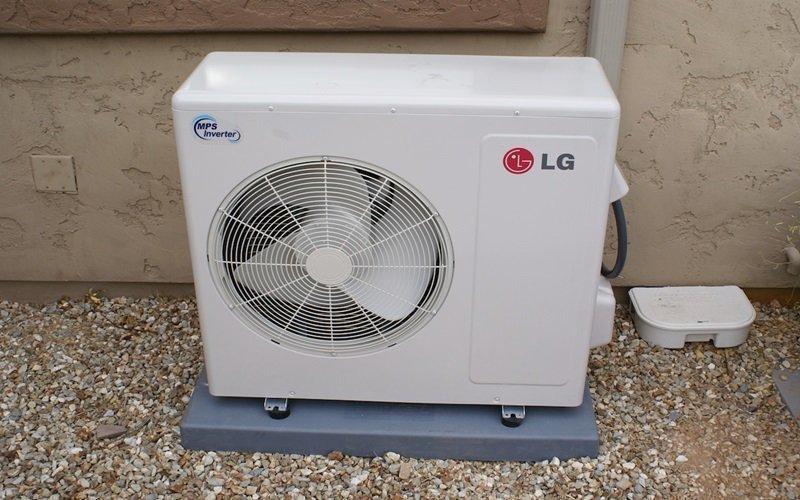 Cánh quạt gió dàn nóng không quay có thể do máy thiếu gas