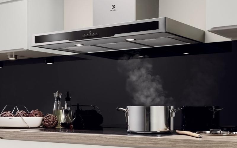 Nội thất nhà bếp bạn sẽ càng sang trọng hơn khi sở hữu máy hút khói