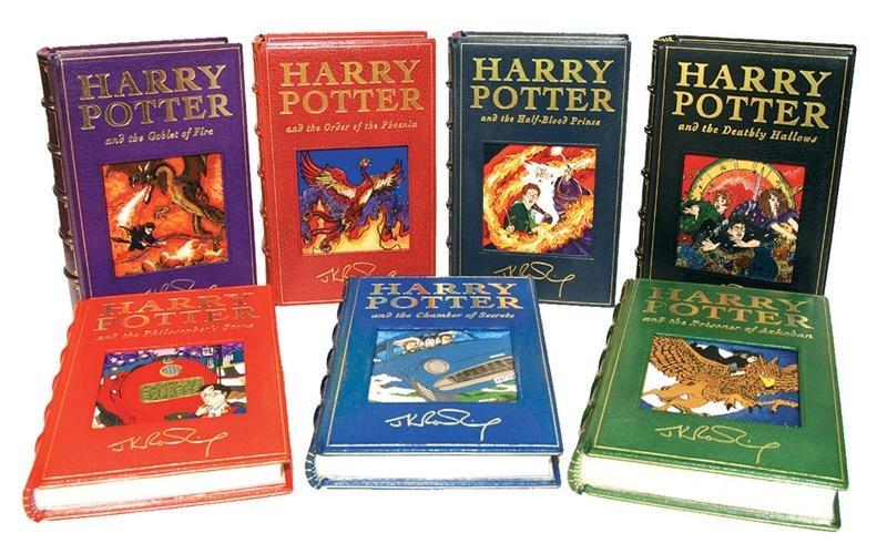 Tuyển tập 7 quyển Harry Potter làm dân tình điên đảo