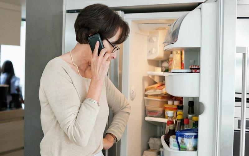 Dàn nóng tủ lạnh nóng một cách bất thường