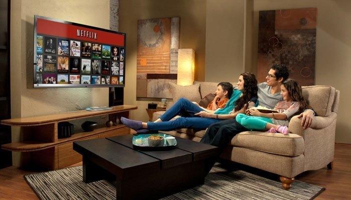 Xem tivi liên tục sẽ gây những ảnh hưởng tiêu cực cho tivi