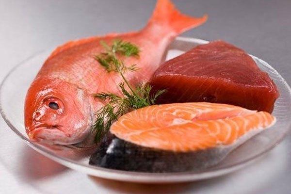 Thịt, cá tươi được lưu trữ trong tủ lạnh sẽ giúp món ăn ngày Tết của gia đình phong phú hơn