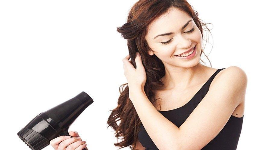 Máy sấy tóc có độ ồn thấp đem lại cảm giác thoải mái và dễ chịu cho người sử dụng