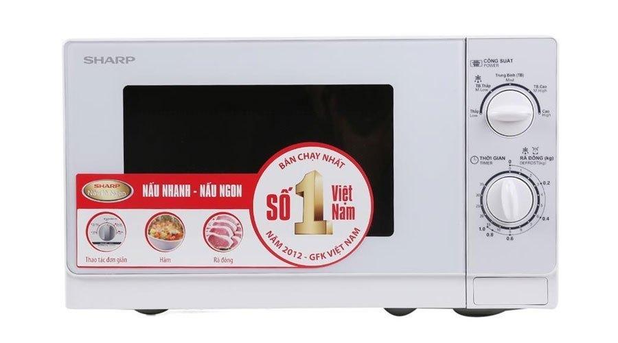 Lò vi sóng có màu trắng trang nhã tạo nên vẻ sang trọng cho gian bếp nhà bạn