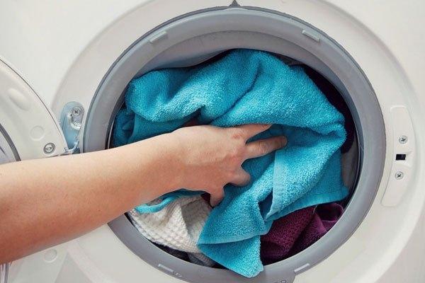 Nhồi nhét quá khối lượng tối đa của máy giặt sẽ không mang lại hiệu quả giặt giũ và có thể làm máy giặt dừng đột ngột