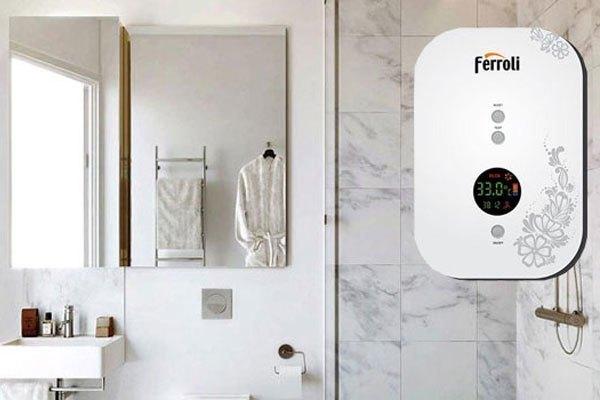 Màn hình LED và máy bơm trợ lực của máy nước nóng sẽ vô cùng phù hợp với những gia đình có nguồn nước yếu