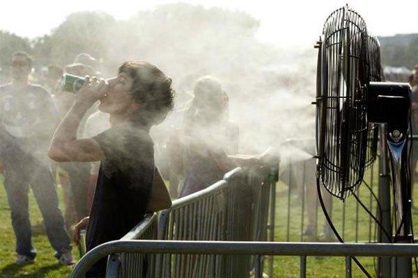 Mở quạt phun sương khi cơ thể ra nhiều mồ hôi sẽ ảnh hưởng đến sức khỏe của bạn