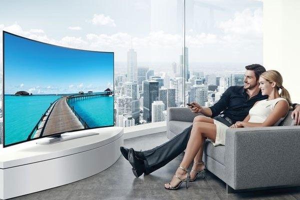 Tivi màn hình cong, tivi 3D và Smart tivi đã được tích hợp trong chiếcSmart tivi cong 3D