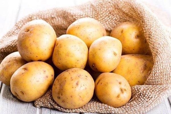 Tủ lạnh không phải nơi thích hợp để bảo quản khoai tây