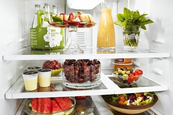 Tủ lạnh chứa nhiều thực phẩm sẽ giữ được độ lạnh lâu