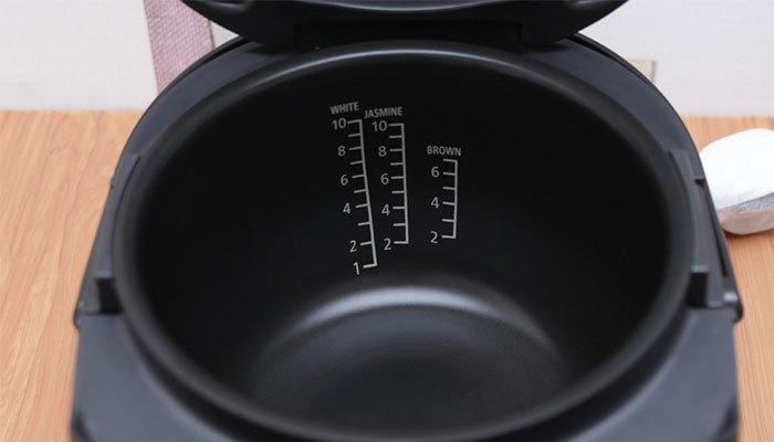 Nồi cơm điện cao tần có chất liệu cách nhiệt tốt, độ bền cao