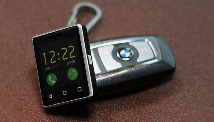 ngoại hình chiếc smartphone nhỏ nhất thế giới