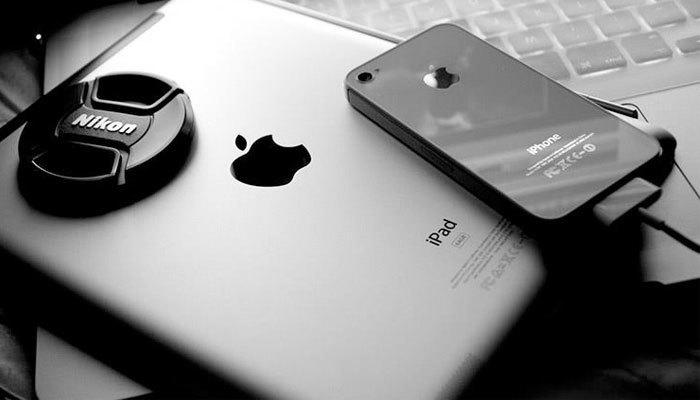 iPhone sẽ tăng giá gấp 3 lần nếu 150.000 nhân công của Foxconn bị thay đổi