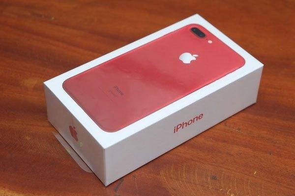 Hộp điện thoại iPhone 7 Plus màu đỏ