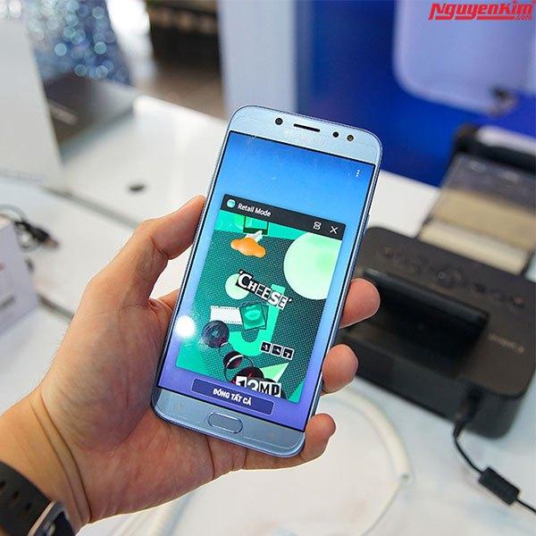 Đây là chiếc điện thoại Galaxy J7 Pro của chúng ta