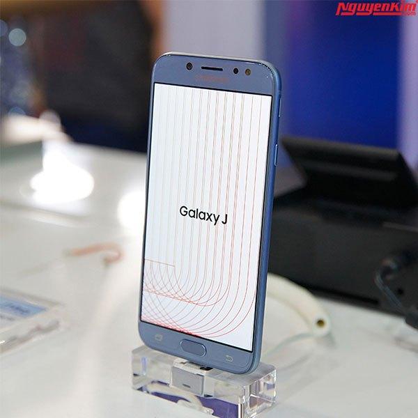 Nhiều tính năng cao cấp được trang bị trên điện thoại Galaxy J7 Pro