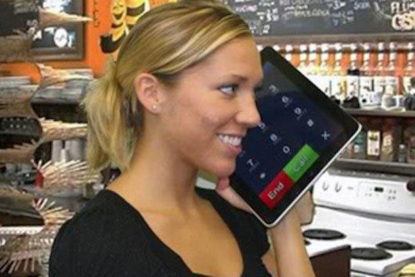 iPad màn hình to thế này chắc gọi sẽ nghe rõ hơn nhỉ?
