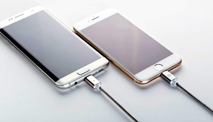 """Dây sạc Magbolt """"2 trong 1"""" cho cả điện thoại Android và iOS"""