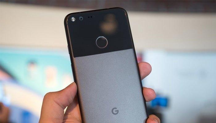 """Điện thoại Google Pixel với """"pin trâu"""" 2770 mAh"""