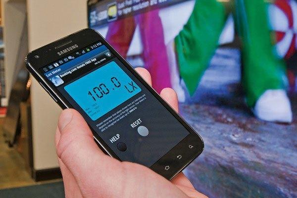 Ứng dụng đo độ sáng của tivi có mặt ở cả Android và iOS