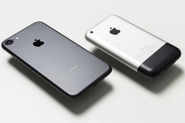 iPhone đời đầu và iPhone 7