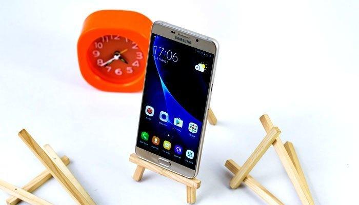 """Điện thoại Samsung Galaxy A9 Pro 2016 với màn hình lớn cùng """"pin trâu"""" mang đến sự giải trí tuyệt vời cho bạn"""