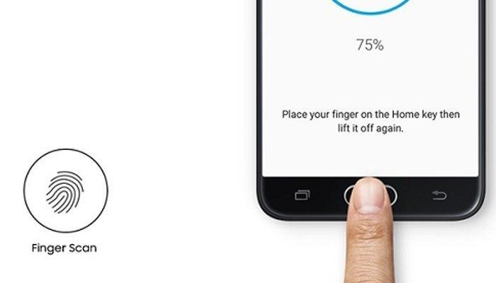 Galaxy J5 Prime là mẫu điện thoại hiếm hoi được tích hợp cảm ứng vân tay