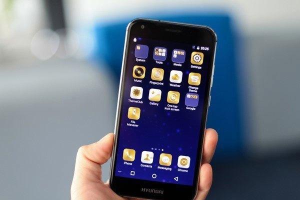 Điện thoại Hyundai Seoul S6 dùng màn hình 5 inch, độ phân giải HD. Máy chạy hệ điều hành Android 6.0 trên nền tảng chip MediaTek MT6735P, RAM 2 GB, bộ nhớ trong 16 GB, pin 2.150 mAh.