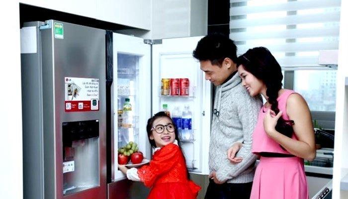 Mua một chiếc tủ lạnh có dung tích lớn hơn sẽ giúp cho thực phẩm lưu trữ trong những ngày tết luôn được tươi ngon