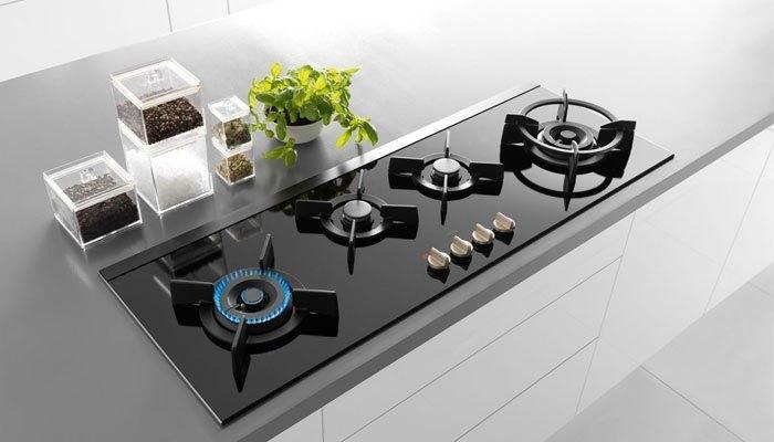 Một chiếc bếp ga hiện đại sẽ giúp bạn tiết kiệm tối đa thời gian nấu nướng