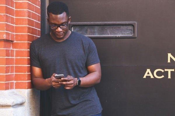 Với Guest Mode, bạn sẽ không còn lo bị đọc trộm tin nhắn trên điện thoại nữa