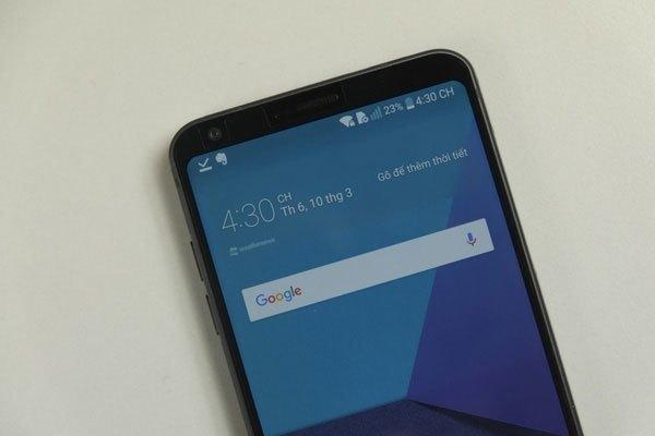4 góc màn hình điện thoại LG G6 được bo tròn giúp giảm tỷ lệ bị hư hỏng khi làm rơi