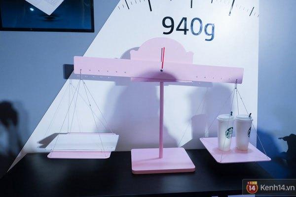 Cân nặng chỉ ở mức 940 gram đã khiến chiếc laptop Lg Gram trở thành sản phẩm đáng sở hữu của nhiều người dùng