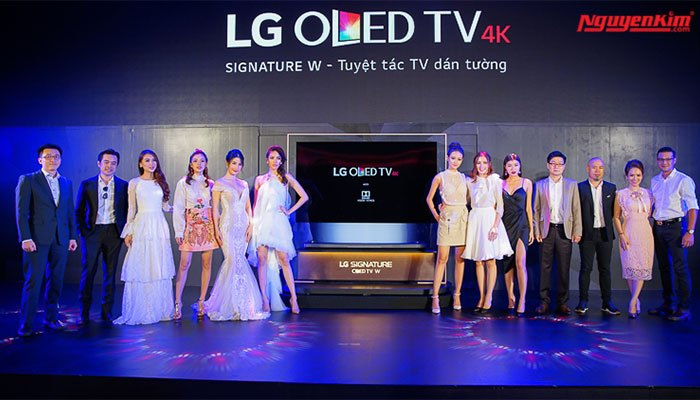 Lễ ra mắt tivi OLED LG có sự góp mặt của đông đảo người đẹp trong showbiz Việt