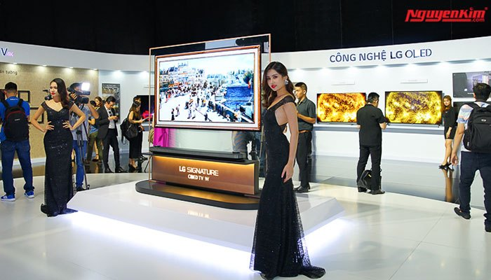 Buổi ra mắt tivi OLED Signture W series của LG