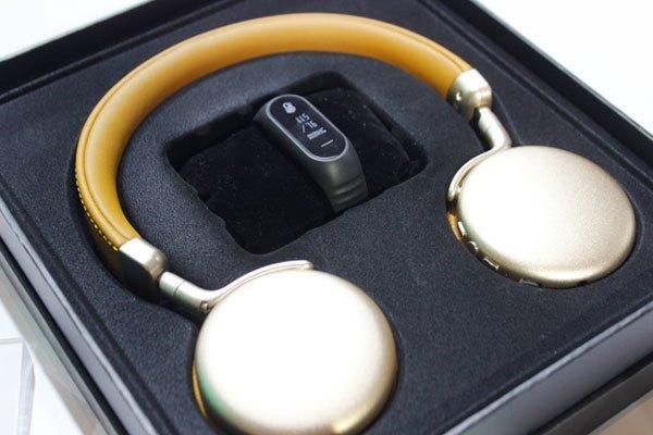 Bộ quà tặng hấp dẫn dành cho khách hàng đặt trước điện thoại OPPO F3 Plus
