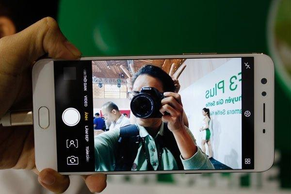 Camera selfie luôn được xem là thế mạnh của tất cả điện thoại đến từ OPPO