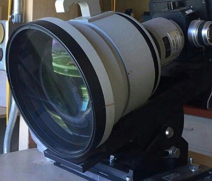 """Kích thước và trọng lượng của ống kính Canon """"không phải dạng vừa đâu"""""""