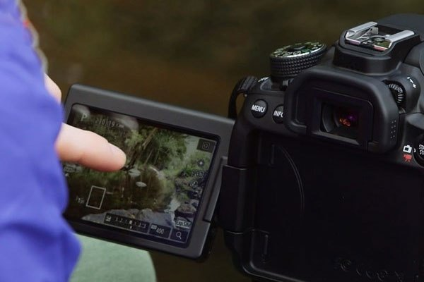 Liệu mẫu máy ảnh Canon DSLR EOS 6D Mark II sẽ được ra mắt vào tháng 7 như lời đồn?