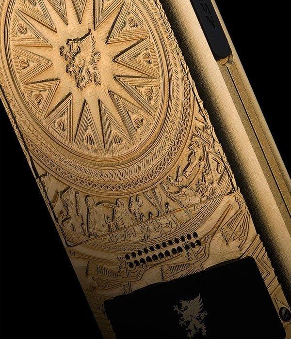 Hàng loạt chi tiết có độ đậm-nhạt, nông-sâu, chân thực như bề mặt trống đồng cổ chính là thành quả nghệ thuật mà công nghệ chế tác này đạt được.