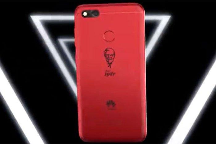 Hiện giá bán và ngày ra mắt của chiếc điện thoại kỉ niệm 30 năm của KFC vẫn chưa được công bố